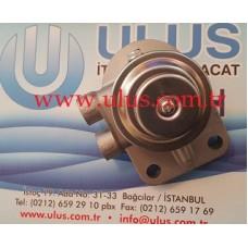 6202-73-6110 Mazot El pompası flitre başlığı KOMATSU 4D95 Pump Fuel Filter Cover Head